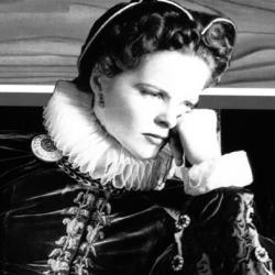 Katharine Hepburn como Maria Estuardo película dirigida por John Ford en 1936